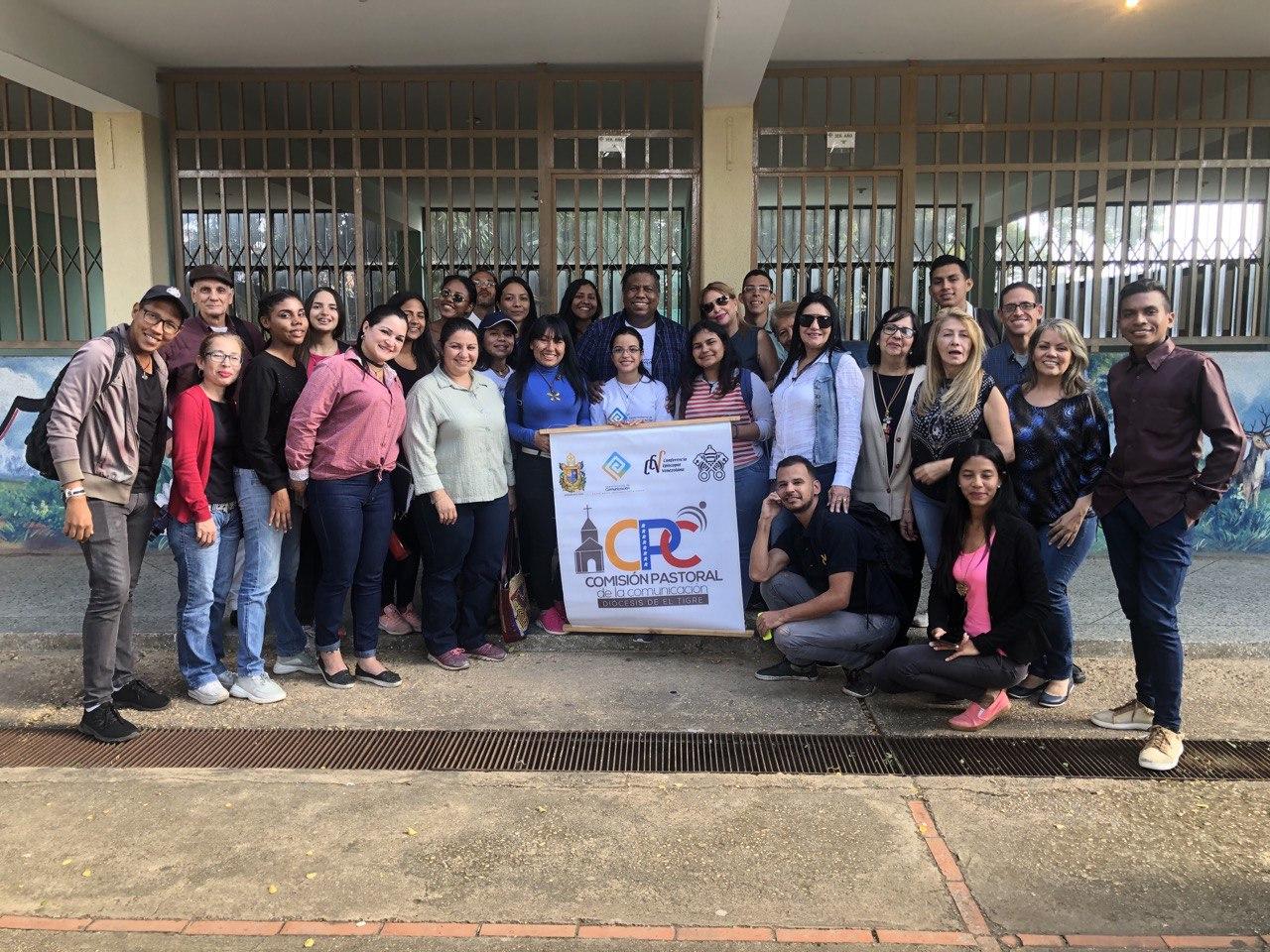 Departamento de Comunicación de la CEV dictó taller formativo en redacción periodística