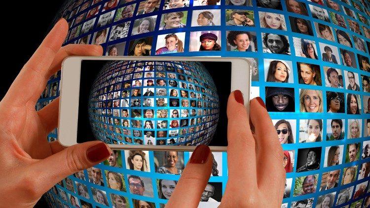 Celam: Un seminario sobre humanismo digital