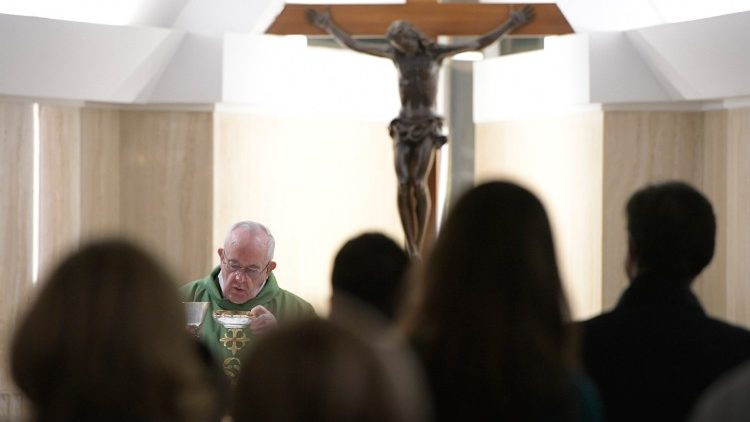 Papa Francisco: Dios nos pide un corazón abierto y lleno de compasión