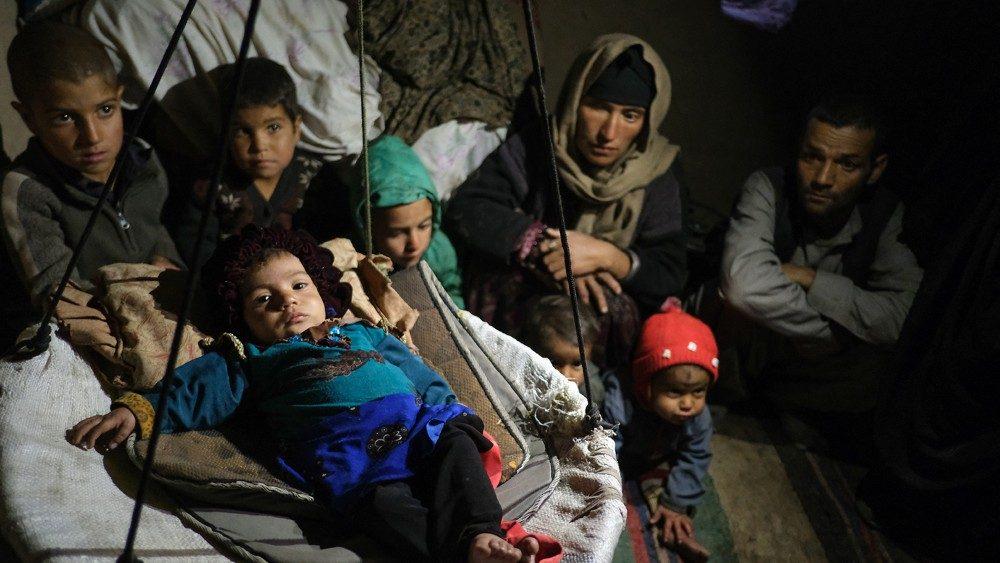 Santa Sede: Mayor cooperación internacional para acoger a los desplazados internos