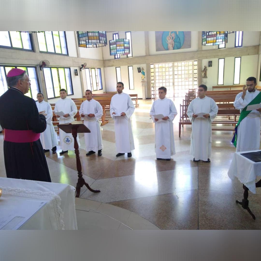 Diócesis de Maracay: un diácono y seis seminaristas realizaron su Profesión de Fe