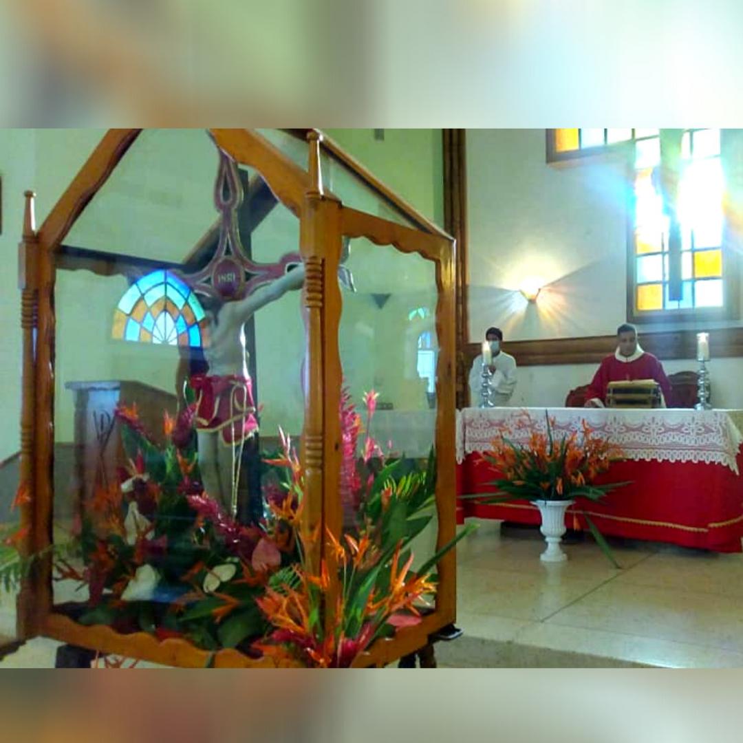 Celebrada Solemne Eucaristía en honor al Santo Cristo de los Milagros de Pariaguán