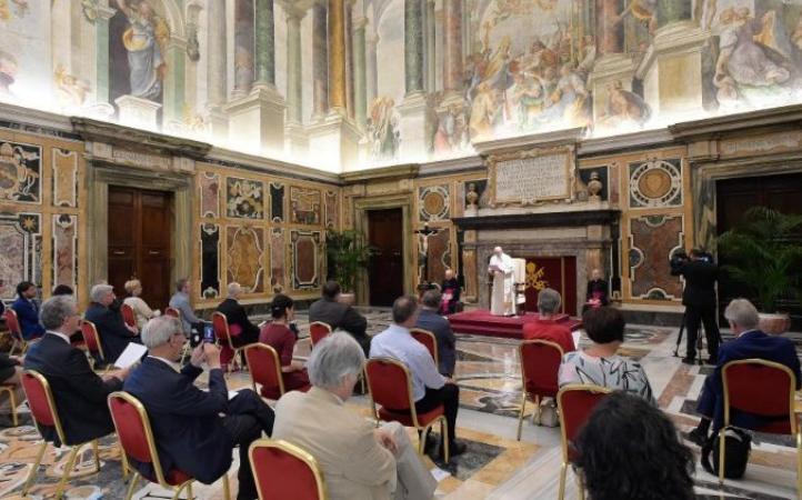 Papa Francisco: Información de calidad para comprender los desafíos del mundo
