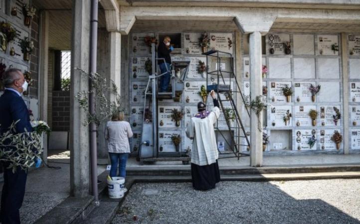 Decreto de la Penitenciaría Apostólica para noviembre