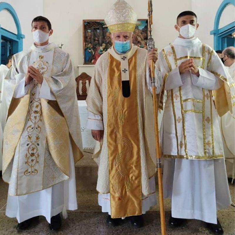 Ordenados nuevo presbítero y diácono para la Arquidiócesis de Ciudad Bolívar