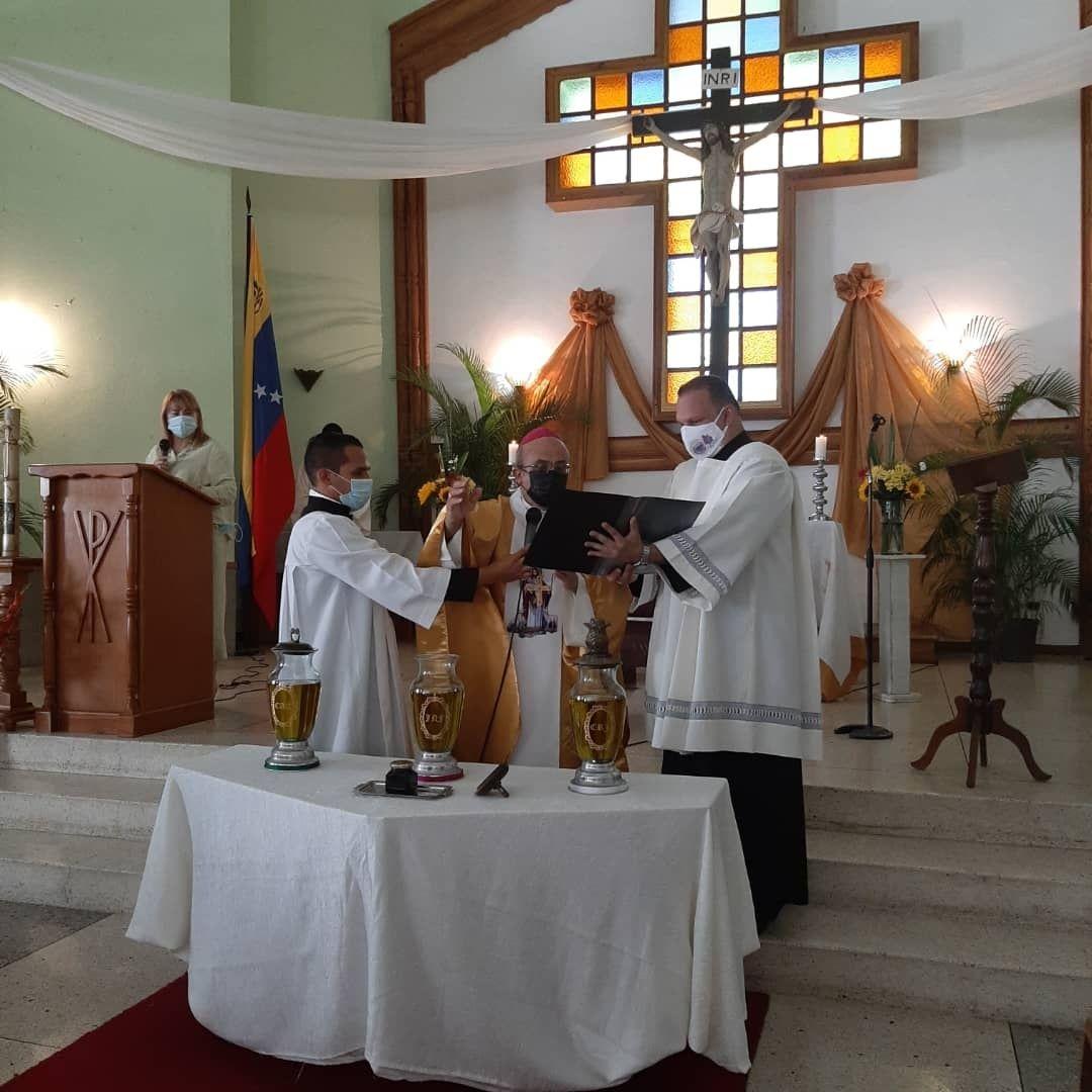 Mons. José Romero en Misa Crismal: No se es dueño de nada, somos simples servidores