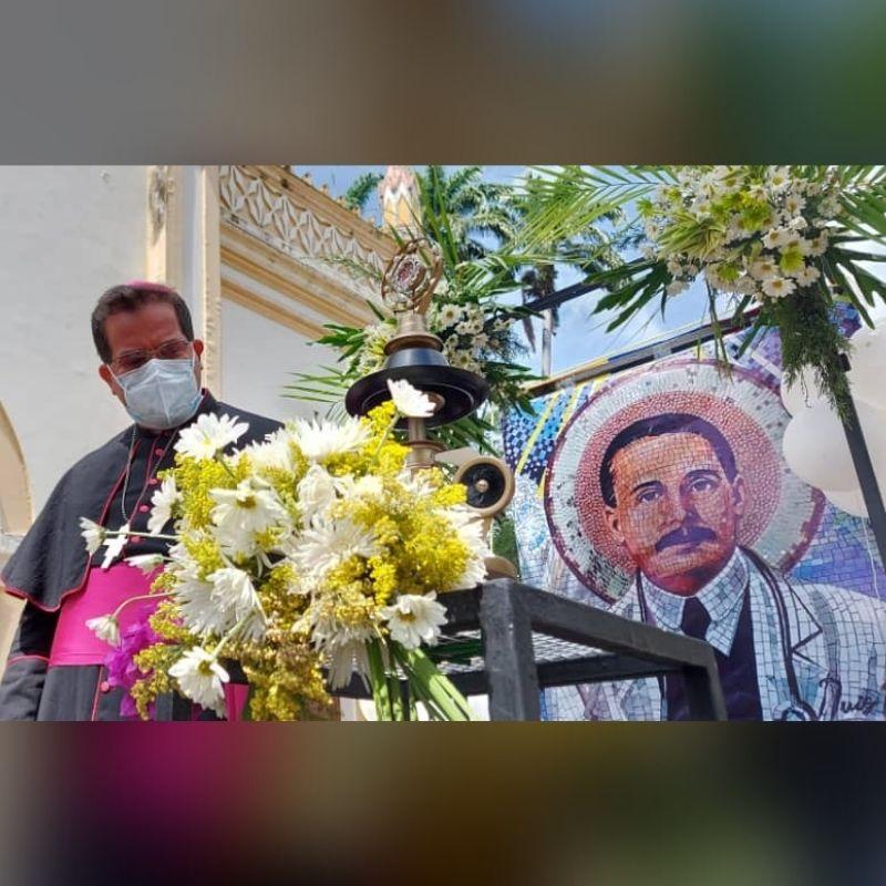 Diócesis de San Carlos inició recorrido de la Reliquia del Beato José Gregorio Hernández inició su recorrido