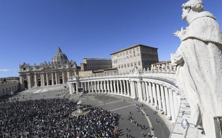 """Papa Francisco: """"la fe no es algo mecánico o comercial, es don y gratuita"""""""